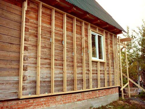 Обрешетка из деревянных брусьев